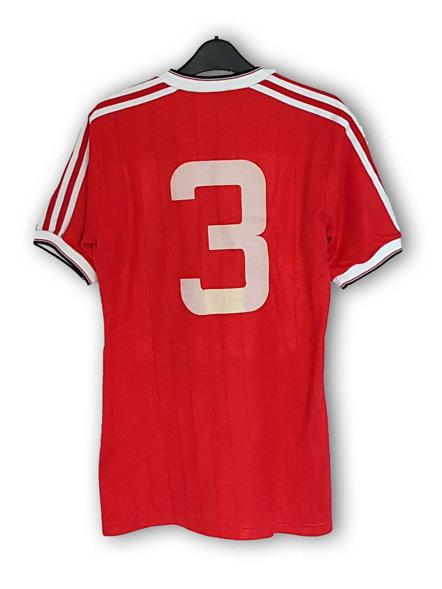 Albiston_home_1983_back