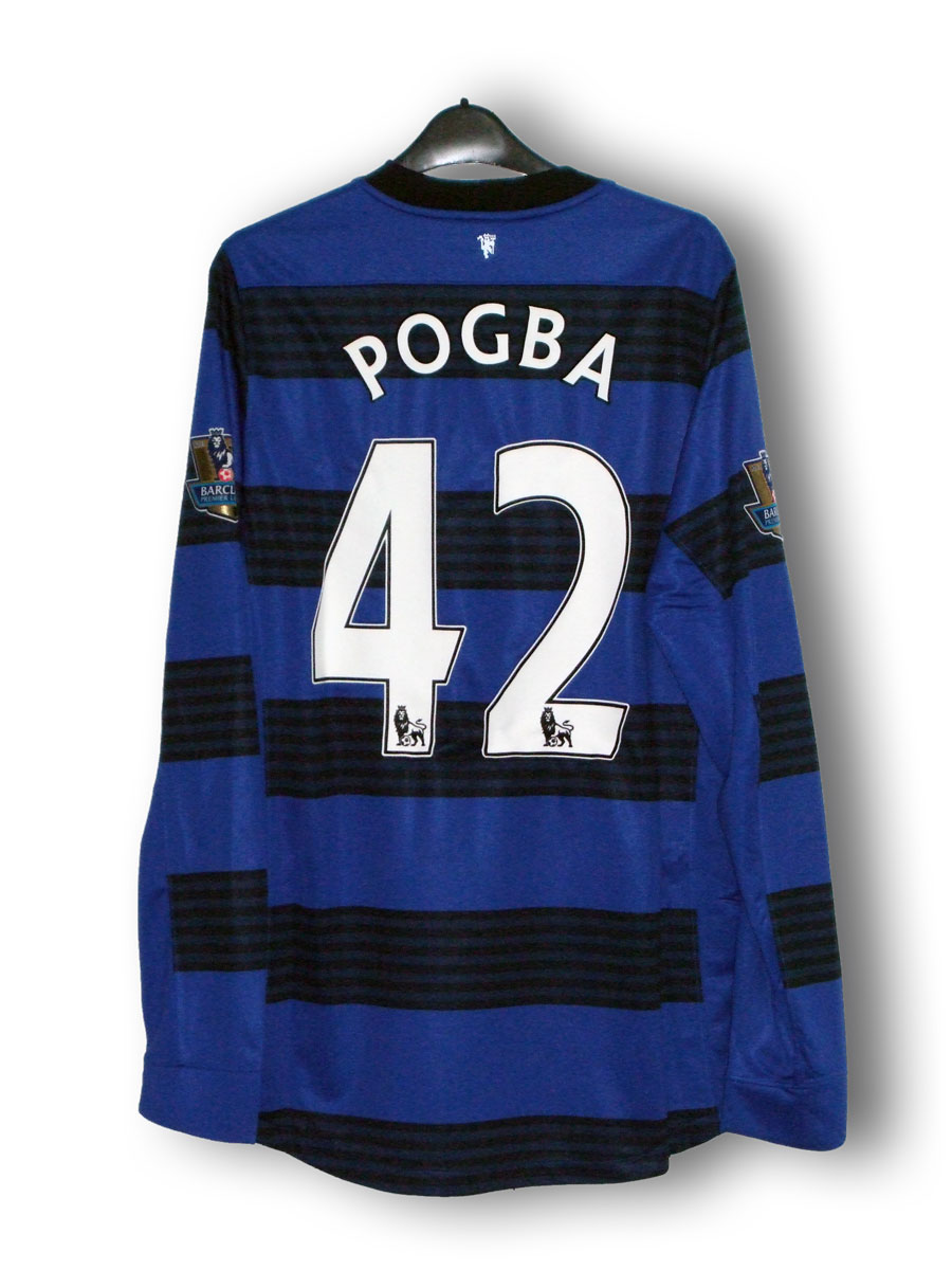 Pogba_change_2011_back