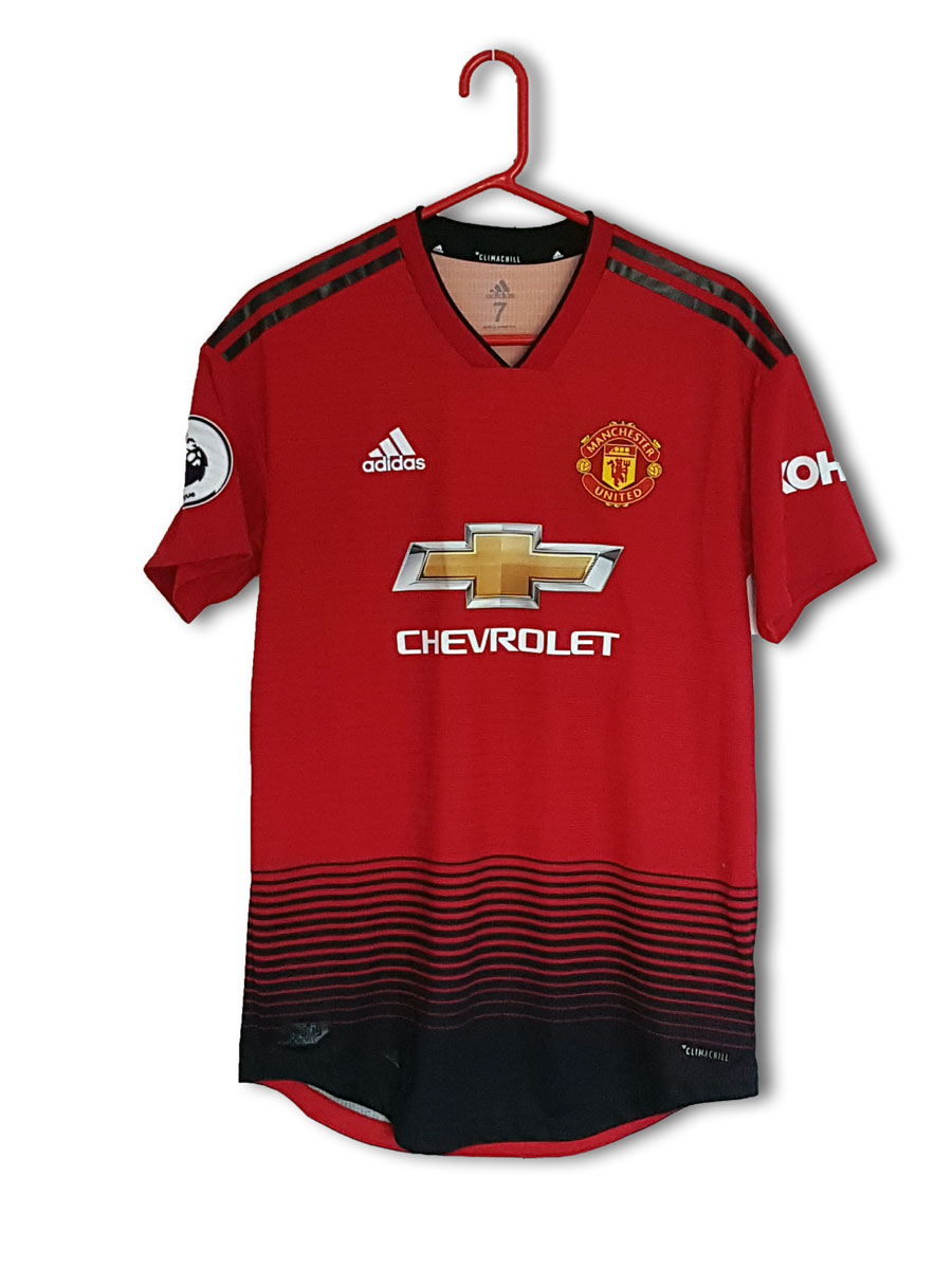 Rojo_home_2018_front