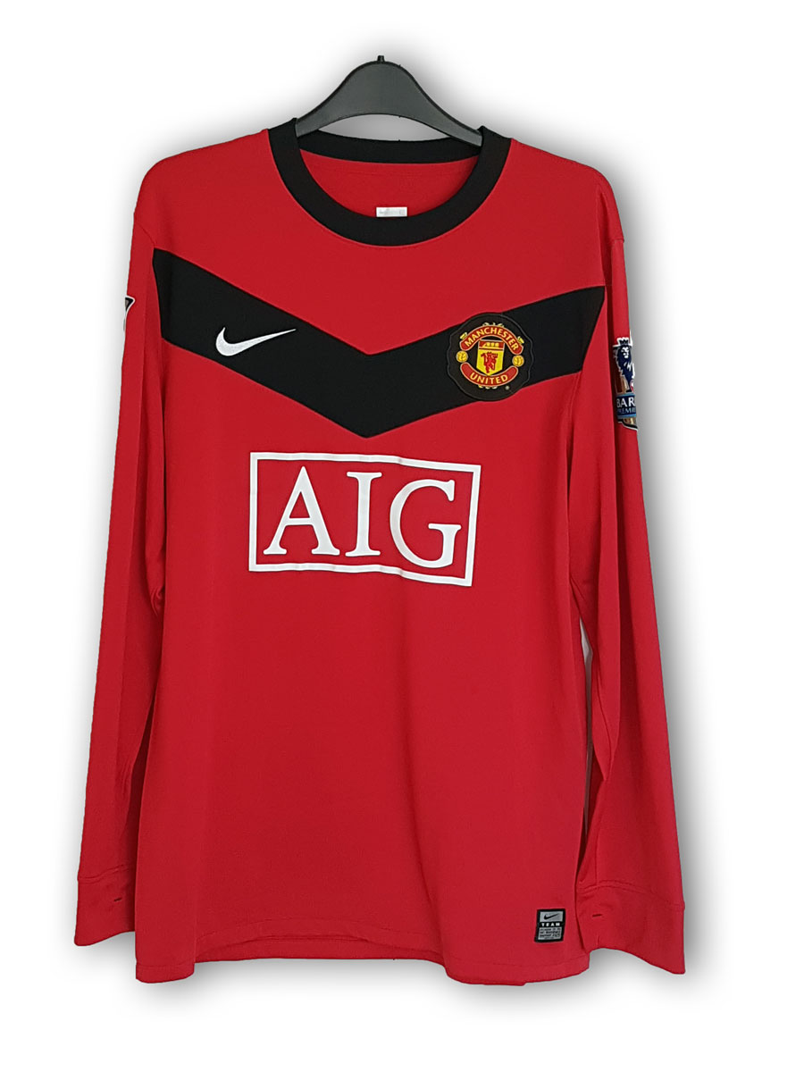 Rooney_home_2009_front