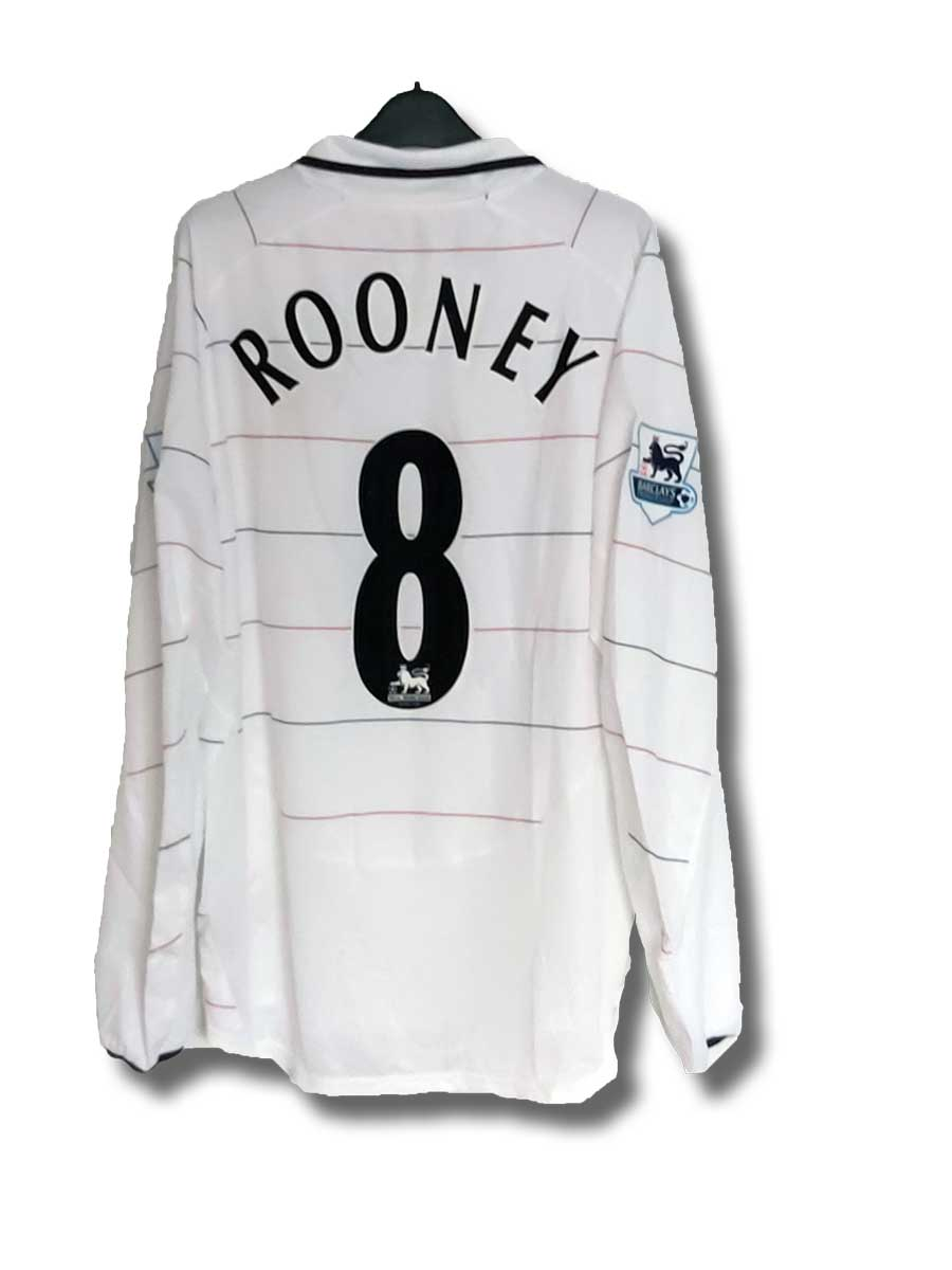 Rooney_third_2004_back