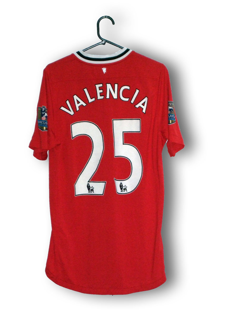 Valencia_home_2011_back